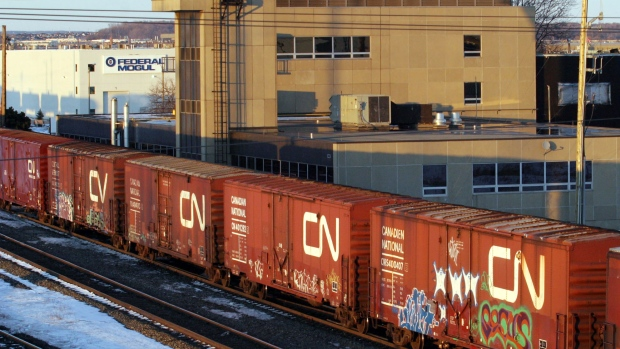 Some 3,000 CN Rail unionized workers threaten national strike on Nov. 19