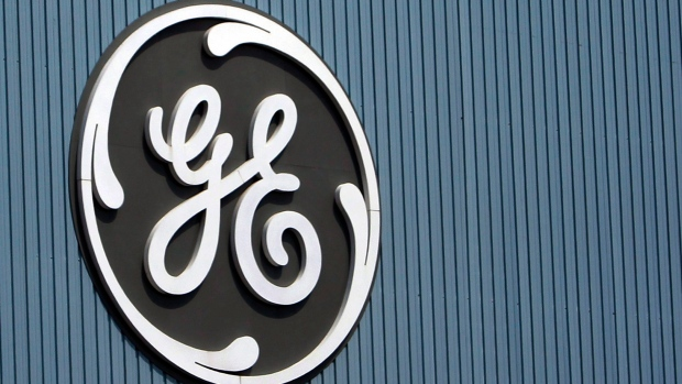 ge delays earnings to give new ceo time to assess troubled giant