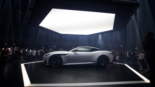 Aston Martin Debuts US DBS Superleggera Coupe BNN Bloomberg - Aston martin dbs price