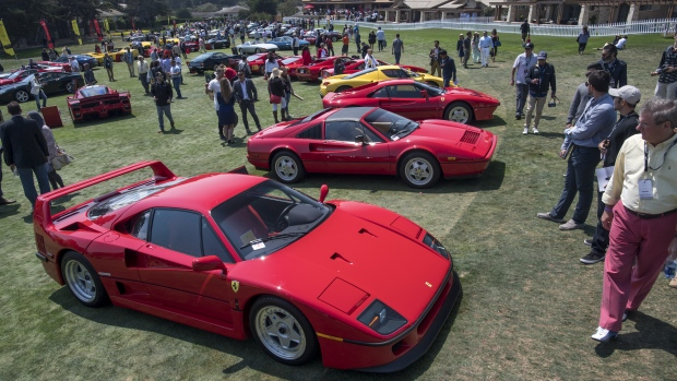 New Cars Overshadowing Vintage At US Auto Shows BNN Bloomberg - Pebble beach car show ticket prices