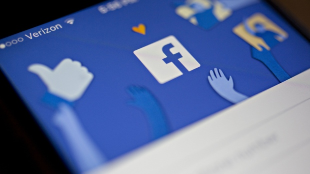 Facebook exempts news publishers from archive on political