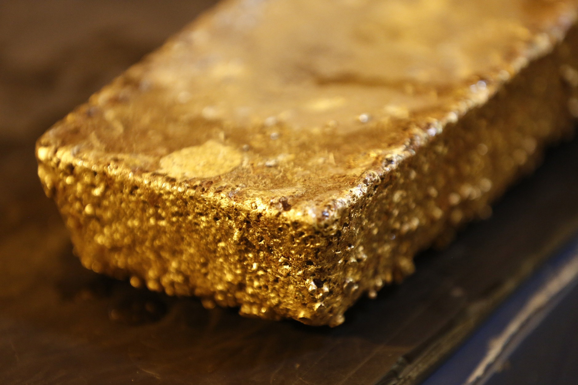 Newmont Mining to buy Goldcorp