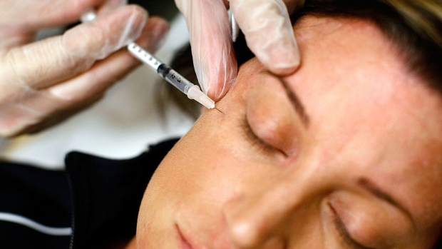 Botox-Maker Allergan in Patent Spat Over Next-Wave Wrinkle