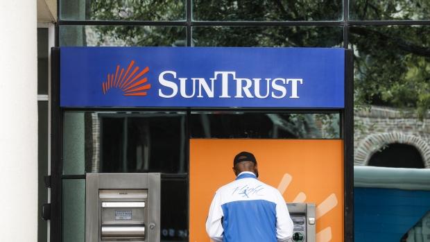BB&T will buy SunTrust in deal worth $66 billion