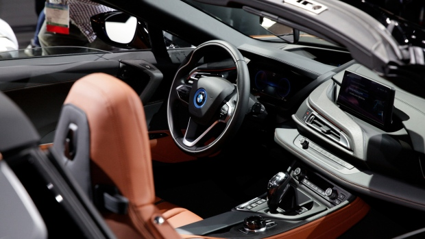 BMW, Qualcomm Battle Against VW, Renault on Connected Car Rules