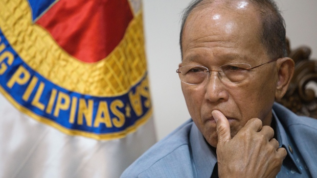 Philippines Still Open to Chinese Takeover of Shipyard Despite