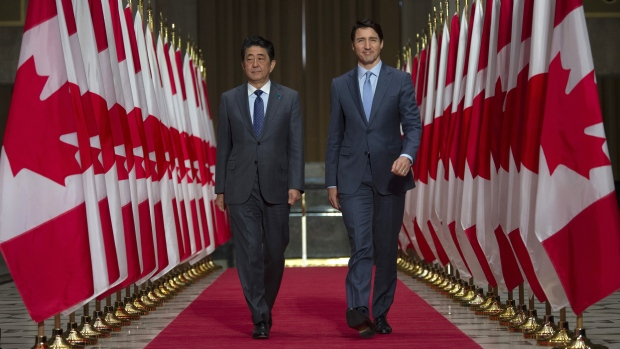 Canadian Prime Minister Justin Trudeau and Japanese Prime Minister Shinzo Abe