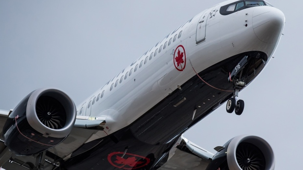Canadian airlines ask appeal court to quash new passenger