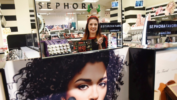 Sephora closes U S  stores for diversity training after