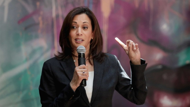 DUBUQUE, IOWA - JUNE 10: Democratic presidential candidate and California senator Kamala Harris speaks to guests during campaign stop at the Convivum Urban Farmstead on June 10, 2019 in Dubuque, Iowa. Yesterday Harris joined 19 other candidates seeking the Democratic presidential nomination at the Democratic Party's Hall of Fame Dinner in Cedar Rapids. (Photo by Scott Olson/Getty Images)