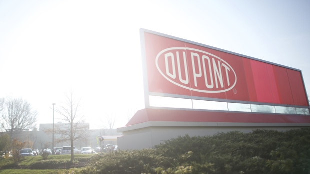 Chemours Calls DuPont Clean-Up Estimates `Spectacularly' Off