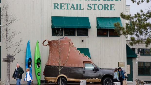 L.L. Bean will open its 1st Canadian store in Oakville