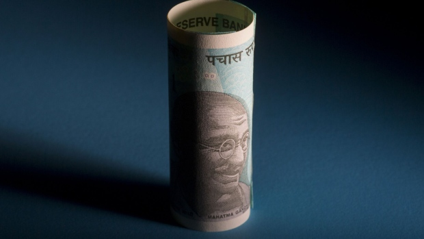 India Rupee Drops Most in 2019 as Kashmir Adds to Yuan Woes
