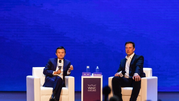 Jack Ma and Elon Musk at  the World Artificial Intelligence Conference