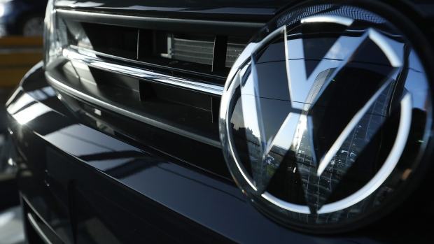 VW to pay US$100M, restate mileage in U S  gas-powered cars