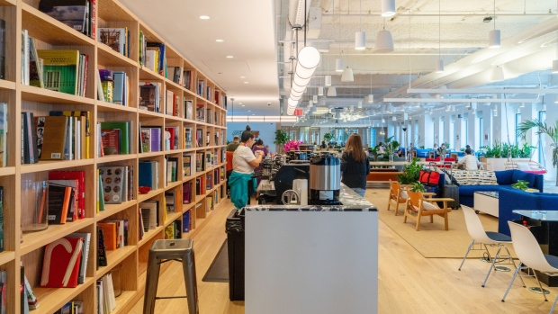 WeWork Mulls Governance Changes To Save IPO - BNN Bloomberg