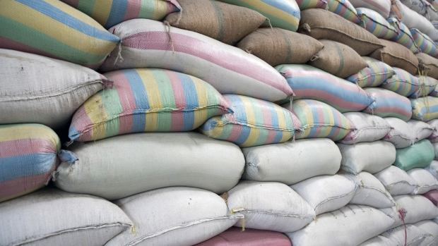 Philippines Will Sell Imported Rice to Buy Local Rice From