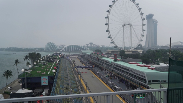 Haze shrouds the Formula One track in Singapore, on Sept. 18. Photographer: Dimas Ardian/Bloomberg