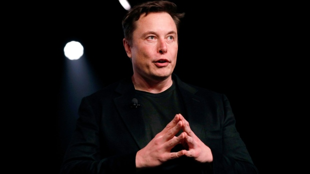 Tesla's third-quarter US sales sank almost 40%, filing reveals