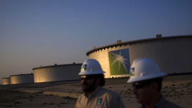 Crude oil storage tanks stand in the Juaymah tank farm at Saudi Aramco's Ras Tanura oil refinery and terminal at Ras Tanura, Saudi Arabia, on Monday, Oct. 1, 2018.