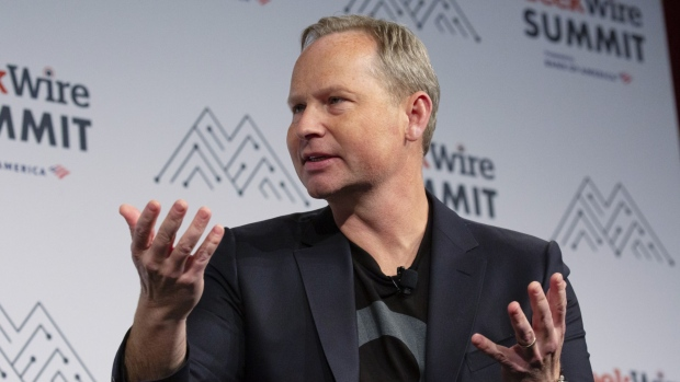 Expedia CEO, CFO to step down