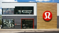 A Lululemon Athletica Inc. store stands in the Lincoln Park neighborhood of Chicago, Illinois, U.S.