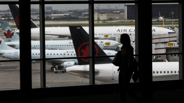 Air Canada To Furlough Up To 600 Pilots As Flight Demand Falls Amid Covid 19 Bnn Bloomberg