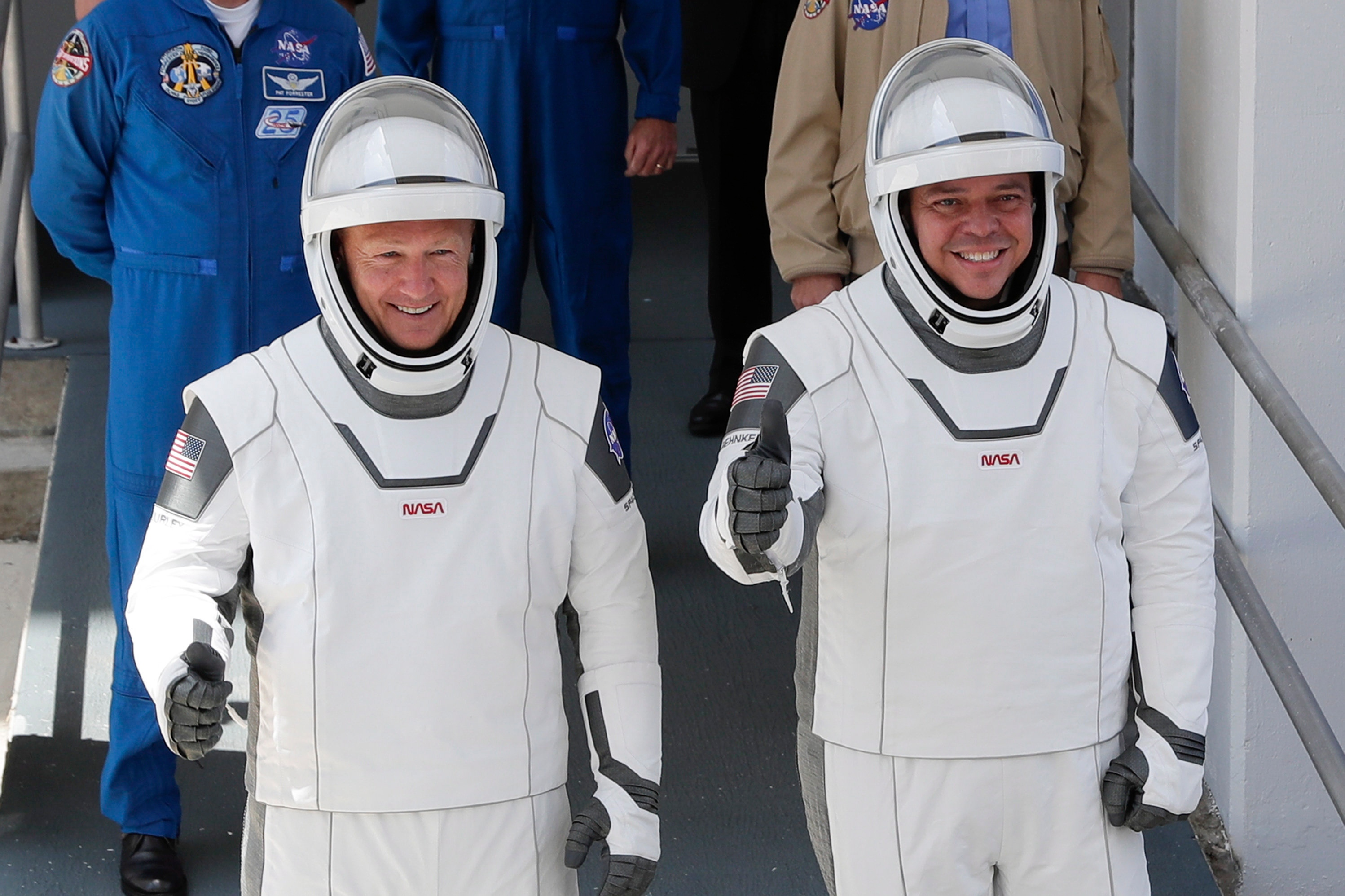 NASA's Astronauts Are Buddies And Their Wives Are Astronaut Too