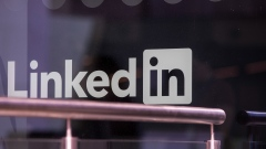 "A logo sits on the window of the LinkedIn Corp. European headquarters in Dublin, Ireland, on Wednesday, June 6, 2018. Companies are expanding in Dublin rather than the U.K. in a ""silent Brexit,"" according to Hibernia REIT Plc boss Kevin Nowlan. Photographer: Jason Alden/Bloomberg"