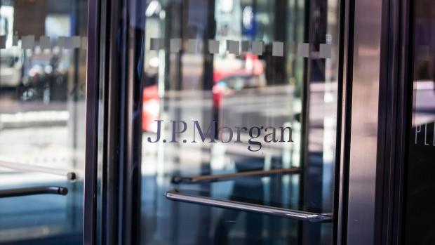JPMorgan settles spoofing probe for $920 million
