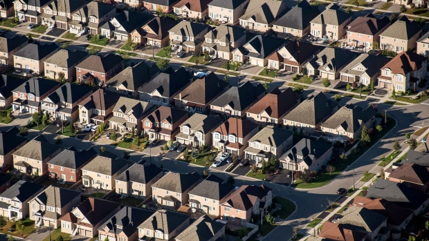 Home flippers pulled out of U.S. housing market as prices surged