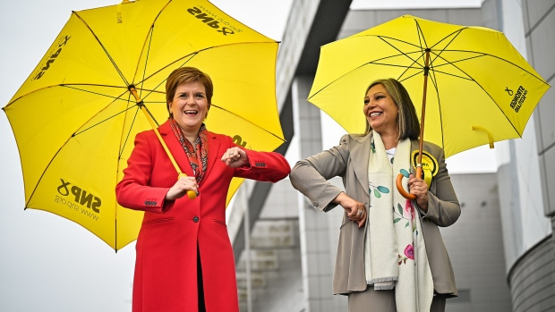 New independence vote looms as Scottish nationalists ahead in count