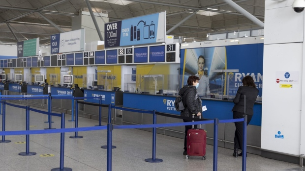 Ryanair, Manchester Airport Plan Challenge to U.K. Travel Rules - BNN Bloomberg