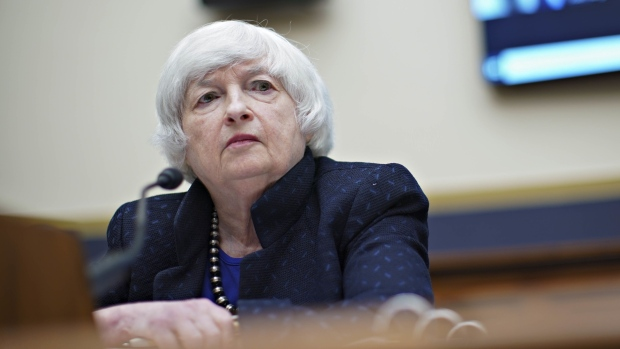 Yellen Expects High Inflation Through Mid-2022 Before Easing