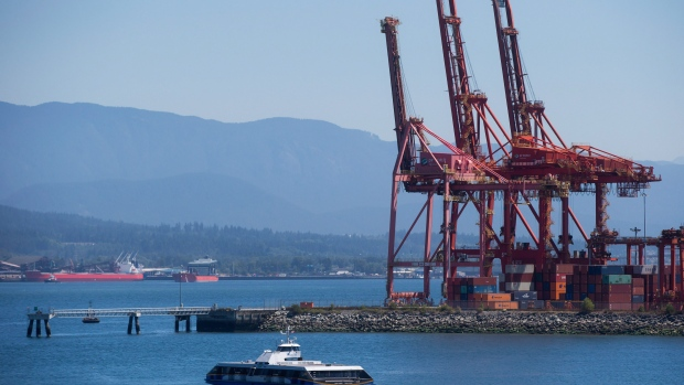 Canada's trade deficit narrows as exports hit record $48.6B