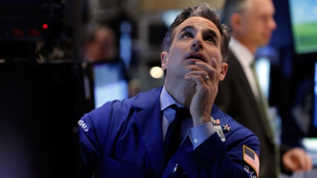 Wall Street Edges Lower In Wake Of Fed Statement