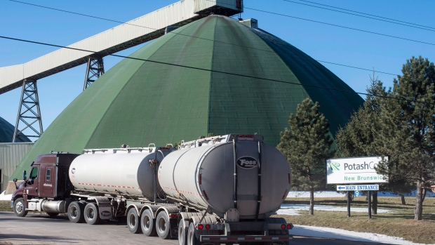 Potash, Agrium to combine, creating huge crop company