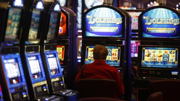 Rivers casino employee call off number