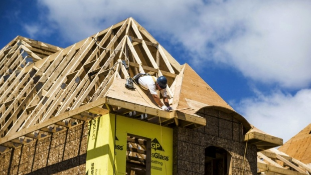 Canadian housing starts pick up in december cmhc for Building a house in ontario
