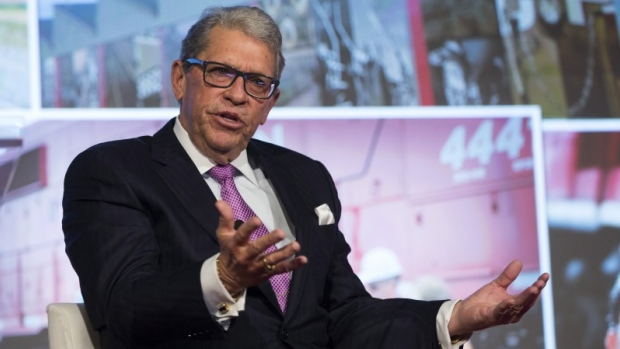 CSX appoints new CEO, shakes up board of directors