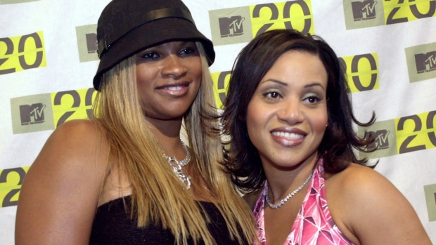 Sandi Denton, left, and Cheryl James  of the rap group Salt 'N' Pepa in 2001