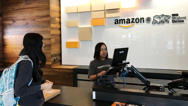 Montreal submits bid to Amazon to become 2nd North American headquarters