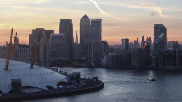 London still top financial hub as HK beats Singapore in survey