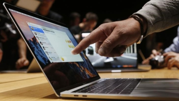 Apple to release new Mac mini, low-cost laptop