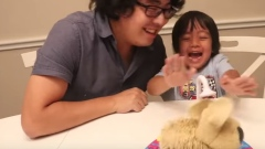 Spin Master's Soggy Doggy is reviewed by Ryan ToysReview