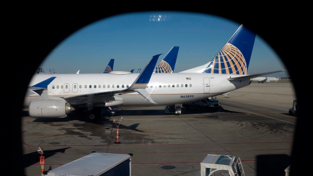 United gives $10000 travel voucher to bumped passenger